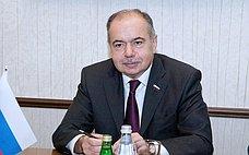 И.Умаханов: Сегодня требуется объединение всех здоровых сил общества для противостояния проявлениям вражды итерроризму
