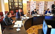 И. Абрамов иВ. Харлов приняли участие всовещании оходе реализации программы социально-экономического развития Карелии