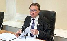 Федеральное Собрание будет участвовать врешении задач, поставленных Президентом всфере экономики иналоговой системы— С.Рябухин