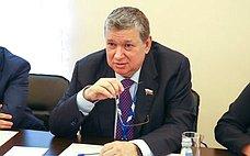 Е. Бушмин провел ряд двусторонних встреч врамках 137-й Ассамблеи Межпарламентского союза вСанкт-Петербурге