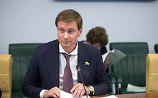 Повышение качества жизни населения поставлено воглаву угла при принятии управленческих решений вКемеровской области— Д.Кузьмин