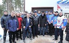 Ю.Воробьев открыл ледовый комплекс «Онежец» вВологодской области