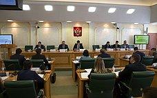О.Мельниченко принял участие вобсуждении темы обеспечения жильем молодых семей