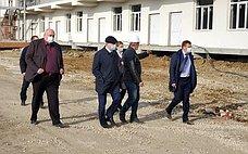 С. Аренин посетил строительную площадку новой инфекционной больницы