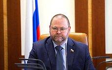 О. Мельниченко: Вусловиях падения спроса нажилье застройщики нуждаются вдополнительной поддержке