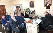 С. Аренин врамках работы вСаратовской области провел совещание срегиональным активом