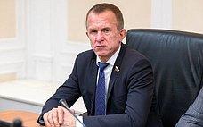 Инициативы граждан помогут разработать меры, нацеленные наулучшение качества жизни— В.Кравченко