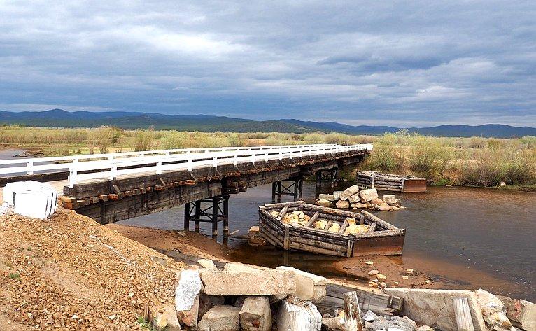 Вячеслав Наговицын отметил успех тосовского проекта построительству моста