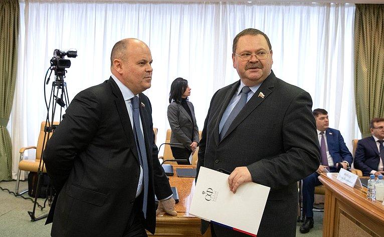 Алексей Дмитриенко иОлег Мельниченко