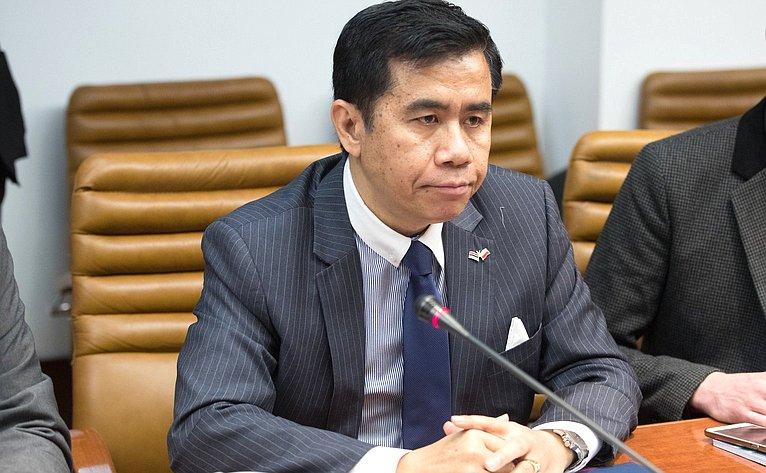 Министр Посольства Индонезии