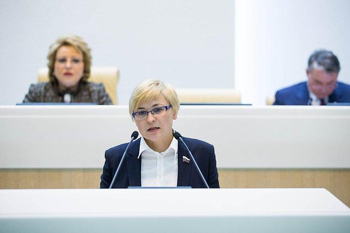Л. Бокова на385-м заседании Совета Федерации