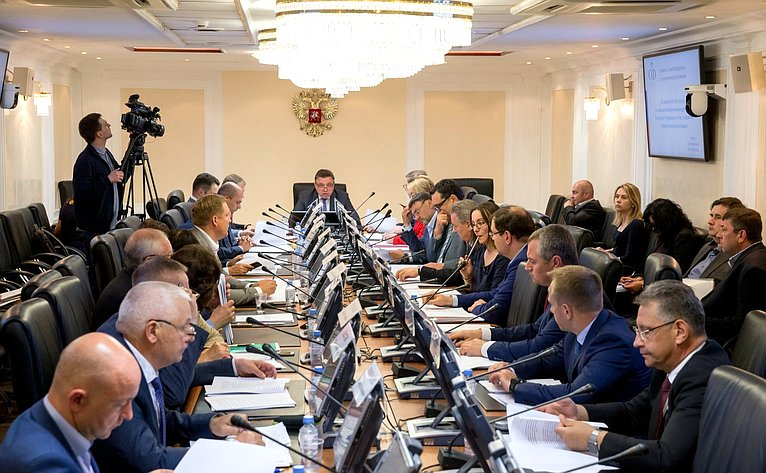 Заседание рабочей группы посовершенствованию законодательства РФ вобласти развития потребительской кооперации