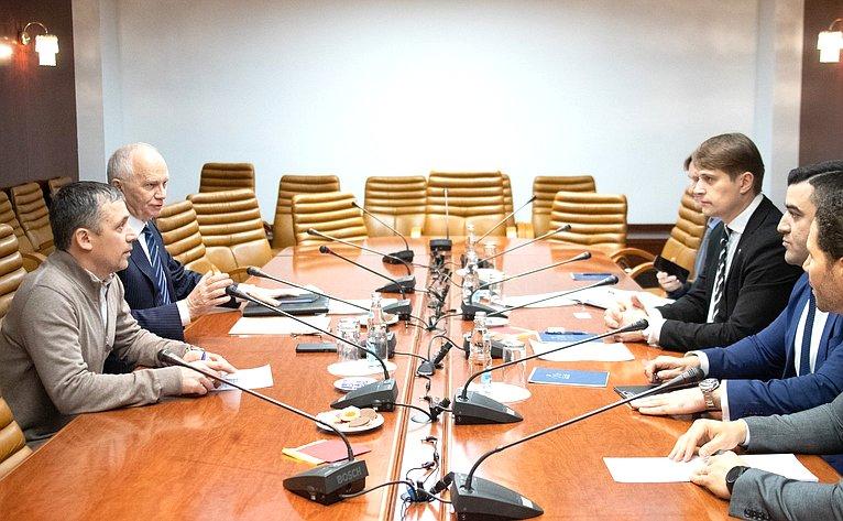 Фарит Мухаметшин провел встречу спредставителями Посольства Арабской Республики Египет (АРЕ) вРФ исотрудниками Госкорпорации «Росатом»
