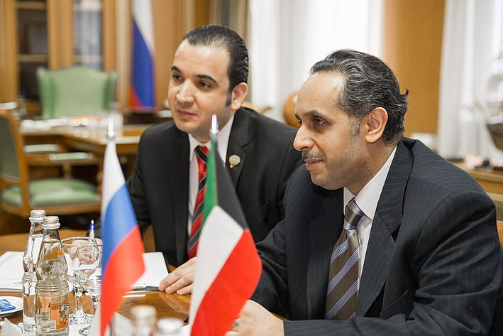 И. Умаханов встреча с послом Кувейта 1