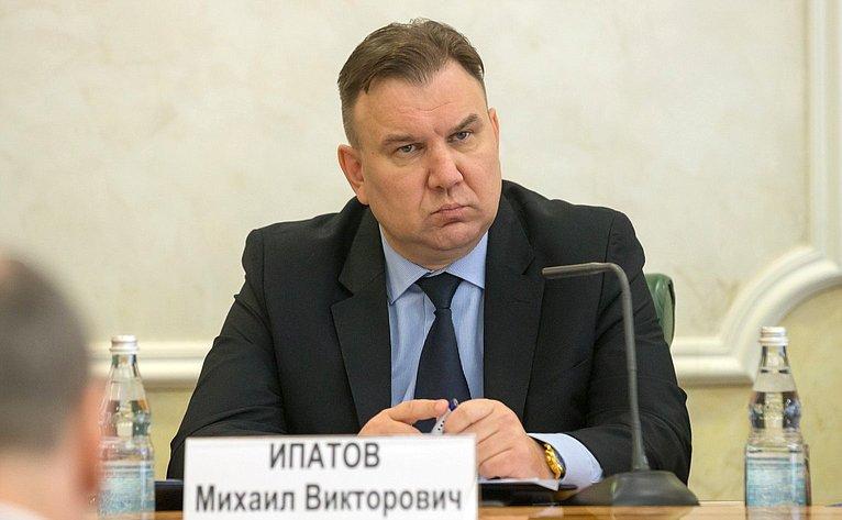 Михаил Ипатов