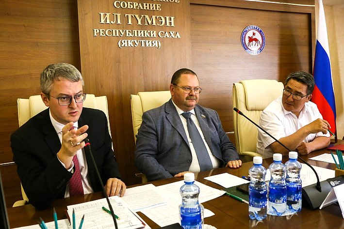 О. Мельниченко провел ряд совещаний, посвященных развитию Якутии