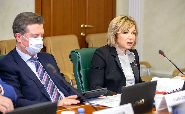 Валерий Гаевский иЕлена Зленко