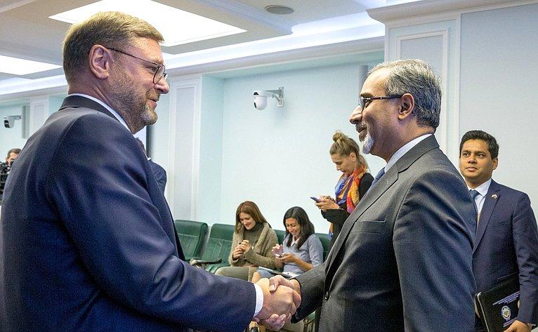 Встреча Константина Косачева сЧрезвычайным иПолномочным Послом Индии вРФ Датла Бала Венкатеш Вармой