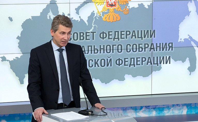 Ю. Нечепроренко