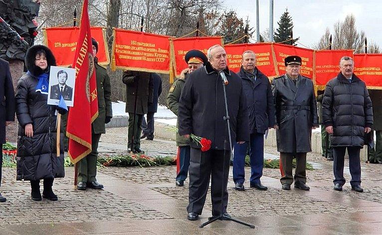 Игорь Морозов иФранц Клинцевич приняли участие впрошедших вМоскве мероприятиях, приуроченных коДню памяти ороссиянах, исполнявших служебный долг запределами Отечества