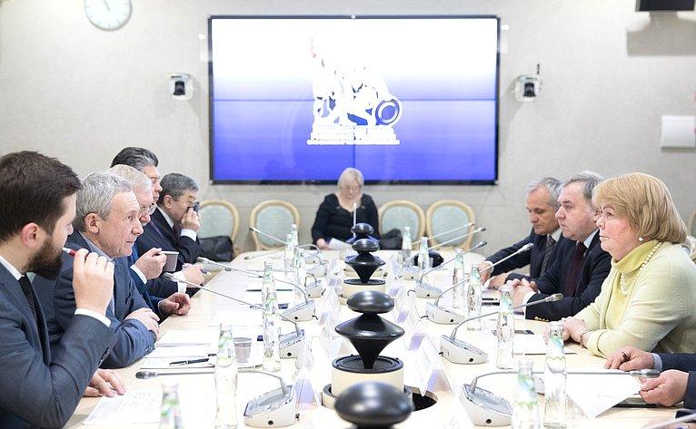 Совместное заседание Временной комиссии СФ позащите государственного суверенитета ипредотвращению вмешательства вовнутренние дела Российской Федерации иКомиссии ОП РФ побезопасности ивзаимодействию сОНК (общественными наблюдательными комиссиями)