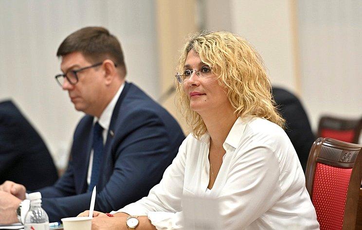 Виктор Смирнов иНаталия Косихина