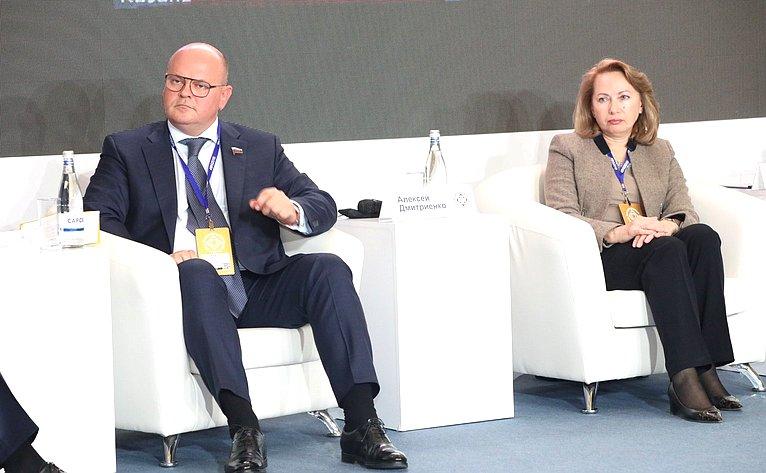 Алексей Дмитриенко принял участие вМеждународном Digital Summit-2019, который проходит вНижнем Новгороде
