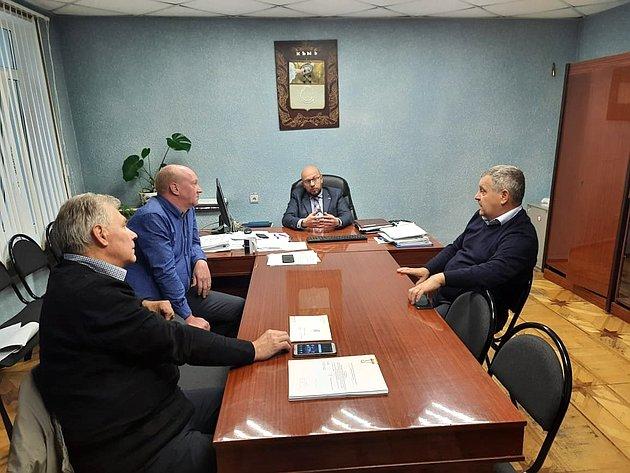 Сенатор обсудил сглавой Кемской администрации вопросы, связанные состроительством новой школы