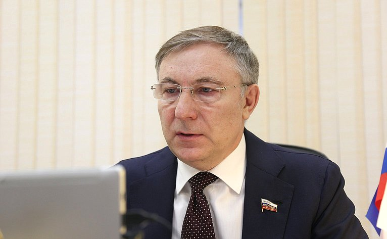 Александр Варфоломеев