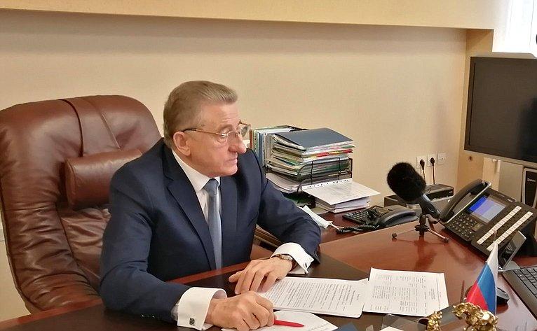 Сергей Лукин провел прием граждан врежиме онлайн