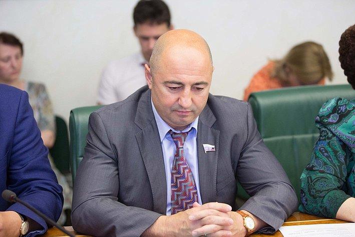 Комиссия по помощи Юго-Востоку Украины-4 Вйнберг