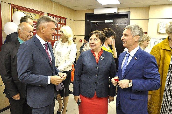 С. Фабричный выступил нацеремонии открытия нового офиса Нотариальной палаты Новгородской области