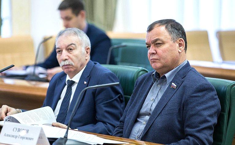 А. Даллакян иА. Суворов