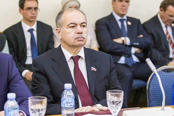 И. Умаханов Визит делегации СФ в Алжир 9