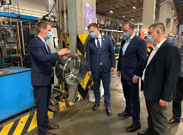А. Пронюшкин посетил рабочие предприятия Владимирской области