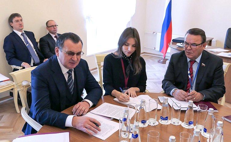 Николай Федоров провел рабочую встречу сПредседателем Палаты представителей Республики Кипр Деметрисом Силлурисом