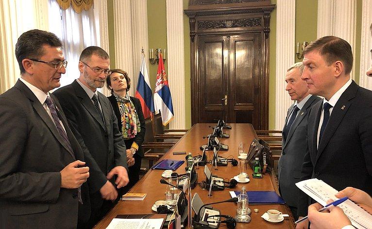 Встреча А. Турчака сзаместителем председателя Народной Скупщины В.Арсичем