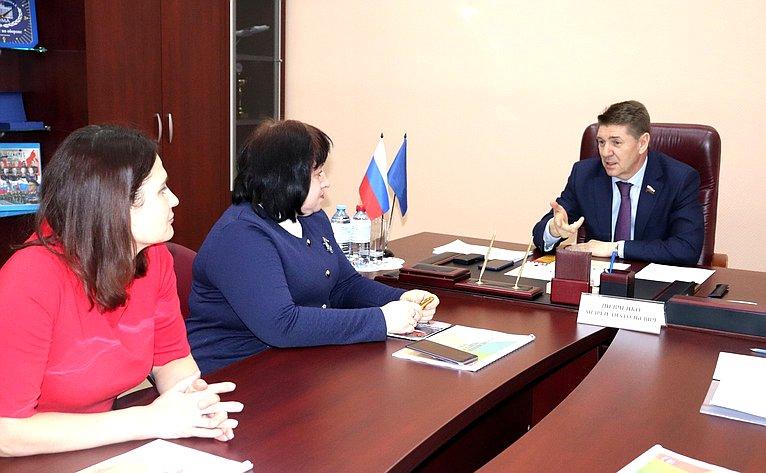 Андрей Шевченко провел прием граждан ипринял участие вмеждународной акции памяти поэта-героя Мусы Джалиля