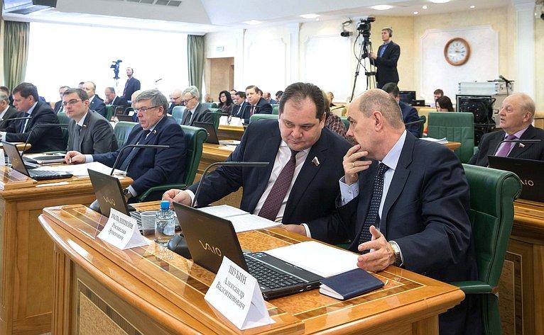 Расширенное заседание Комитета Совета Федерации побюджету ифинансовым рынкам