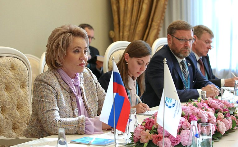 Валентина Матвиенко провела встречу сПредседателем Межпарламентского союза Габриэлой Куэвас Баррон