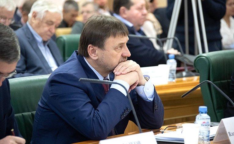 Владимир Лебедев
