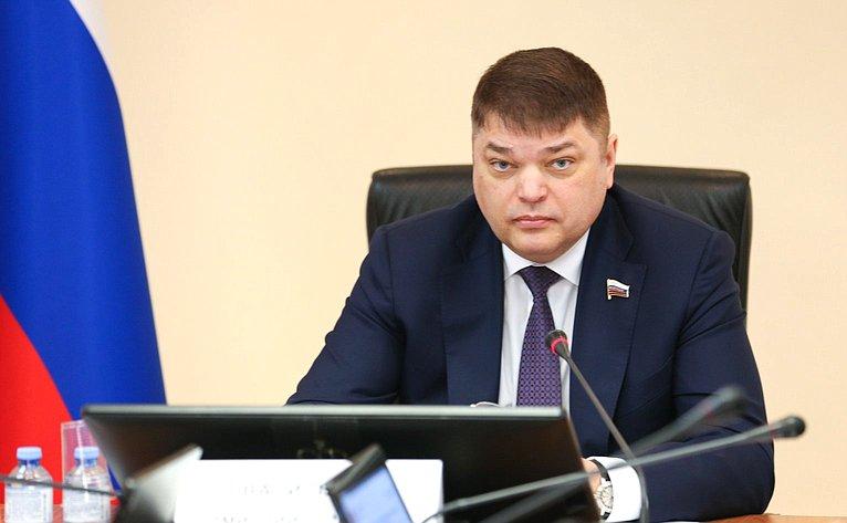 Дмитрий Василенко