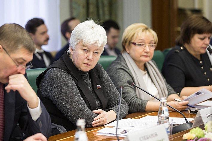 О. Тимофеева Заседание Комитета общественной поддержки жителей Юго-Востока Украины
