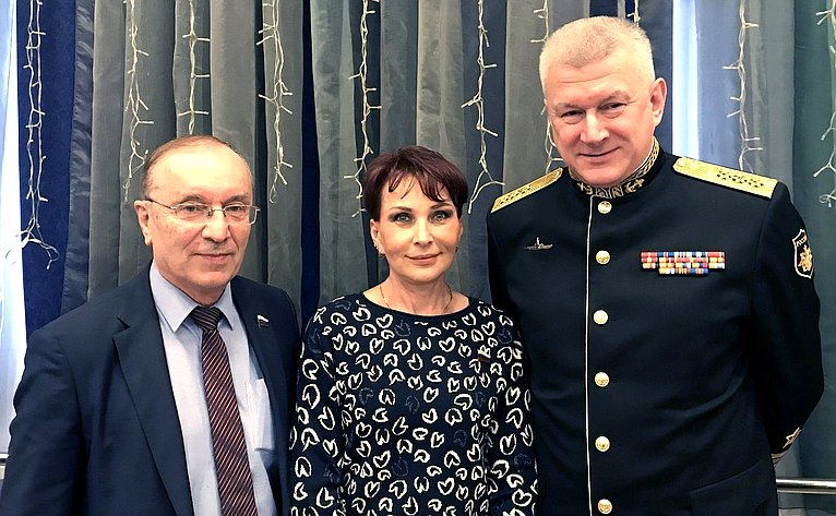 И. Чернышенко, Т. Кусайко иН. Евменов
