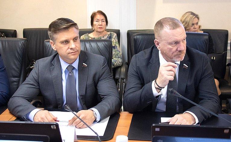 Юрий Архаров иСергей Горняков