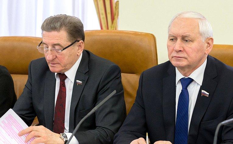 С. Лукин иН. Тихомиров