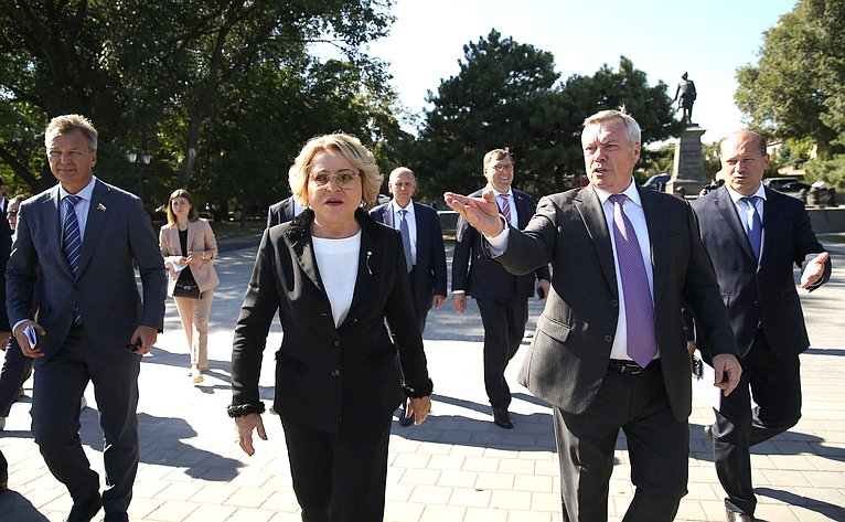 Рабочая поездка Председателя Совета Федерации Валентины Матвиенко вгород Таганрог Ростовской области