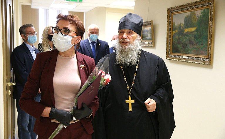 Открытие вСовете Федерации выставки живописи П.Я.Кочанова