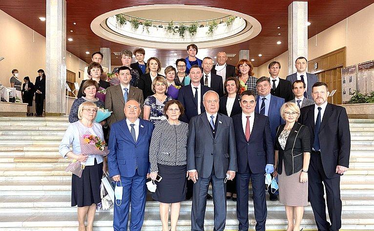 И. Ялалов принял участие вцеремонии награждения медицинских работников Республики Башкортостан