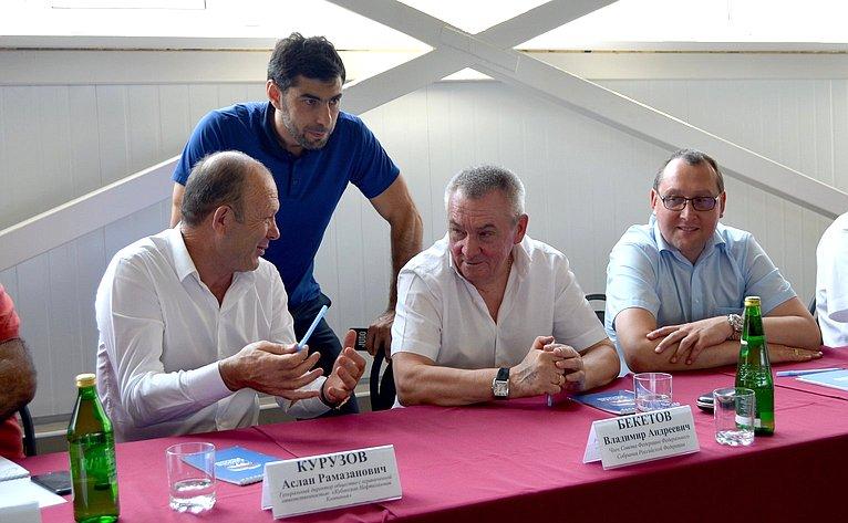 Владимир Бекетов принял участие воткрытом турнире подзюдо